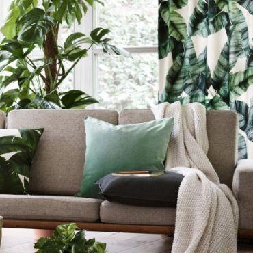 tenda con stampa di foglie di palma per stanza stile tropical