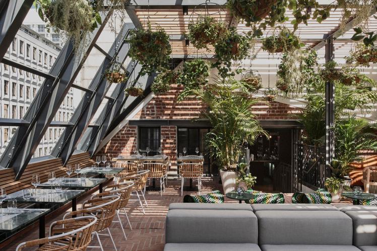 balizroom-interiorblog-gorgeousgeorge-hotel-gigi-rooftop-terrace.jpg