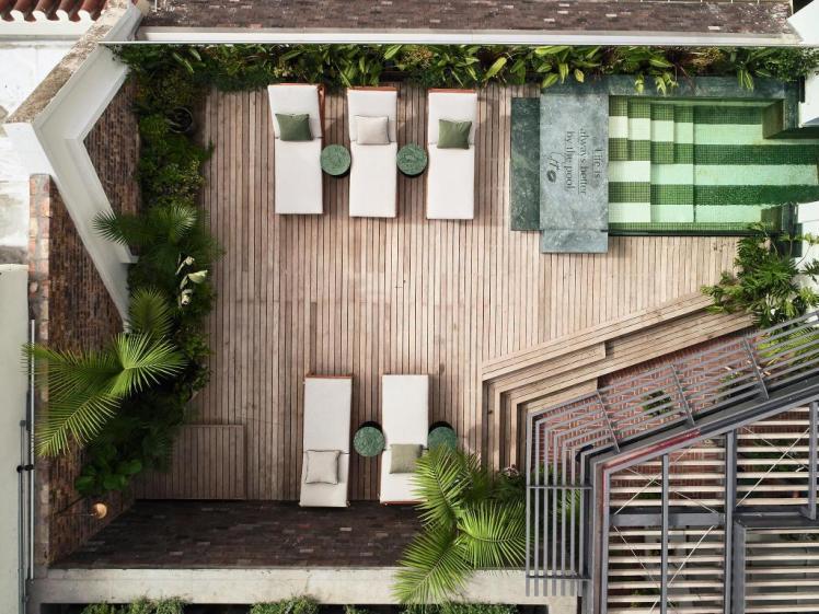 balizroom-interiorblog-gorgeousgeorge-hotel-pool-gigi-rooftop.jpg