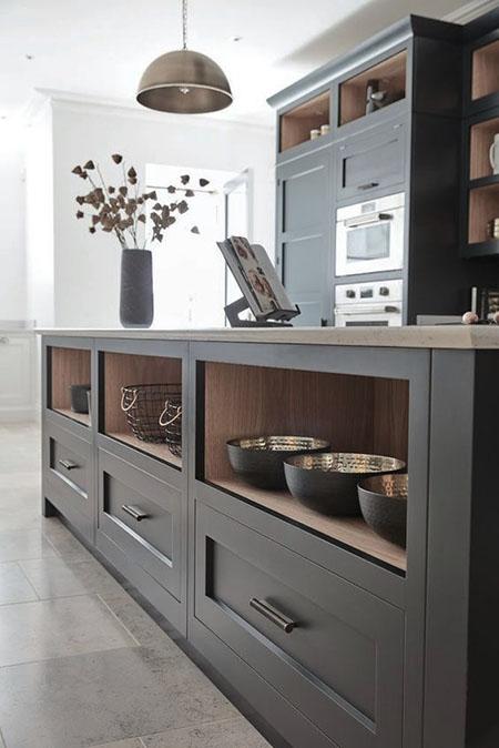 balizroom-interiorblog-cucina-grigia-ripiani-tom howley.jpg